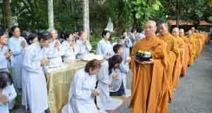 Ngày Phật hoan hỷ PL2560