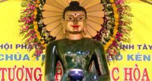 Phước báo chiêm bái tượng Phật như gặp Phật